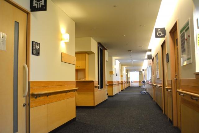 病棟の廊下
